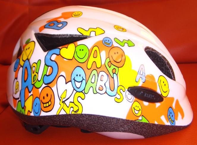 """Dětská cyklistická přilba - helma ABUS Rookie white (Velikost """"S"""" pro obvod hlavy 46-52 cm) - 2013"""