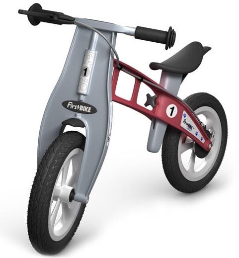 Odrážedlo FIRST Bike STREET red - ZDARMA dopravné, košík a zvonek (varianta s ruční brzdou, barva červená)