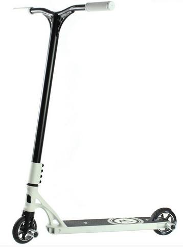 Koloběžka Micro MX Benj Edition - ZDARMA dopravné a helma Micro (barva dle vyobrazení)