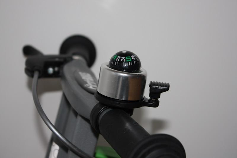 Zvonek kompas stříbrný First Bike (originál zvonek FirstBIKE s funkčním kompasem)
